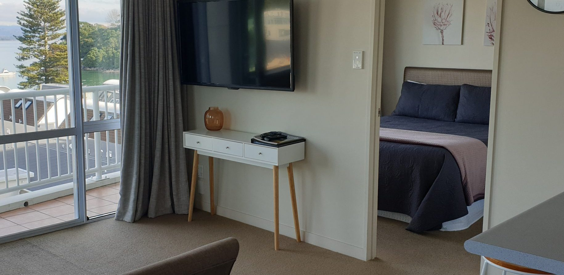 One Bedroom Harbourview Apartments